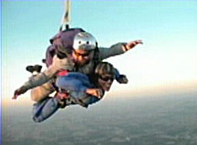 Photo of Ren's skydiving